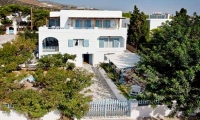 Efi Studios & Apartments
